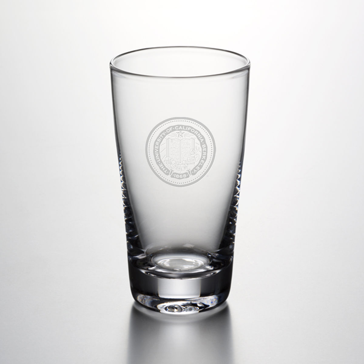 Berkeley Ascutney Pint Glass by Simon Pearce