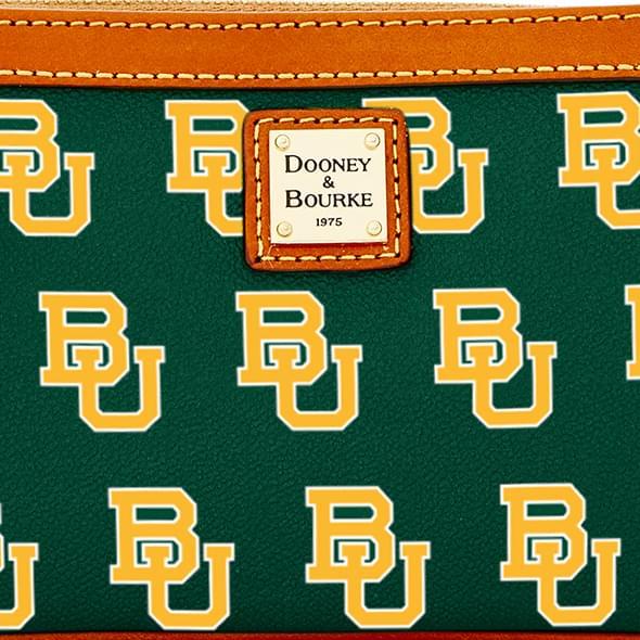 Baylor Dooney & Bourke Large Slim Wristlet